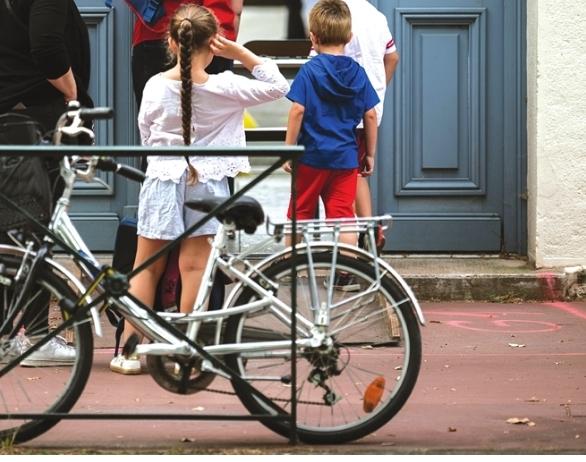 استبيان مثير بايطاليا : خوفاً من كورونا… التلاميذ يغيرون وسائل النقل صوب المدارس