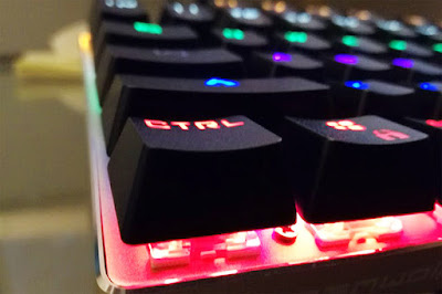 keyboard mechanical gaming gamers rgb light color