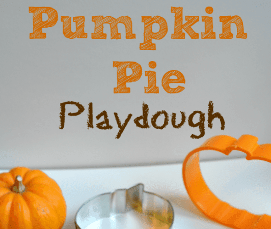 Pumpkin Pie Playdough and an Awesome Tie Dye Smoothie