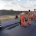 Estrada que liga Santa Quitéria a Sobral está sendo restaurada