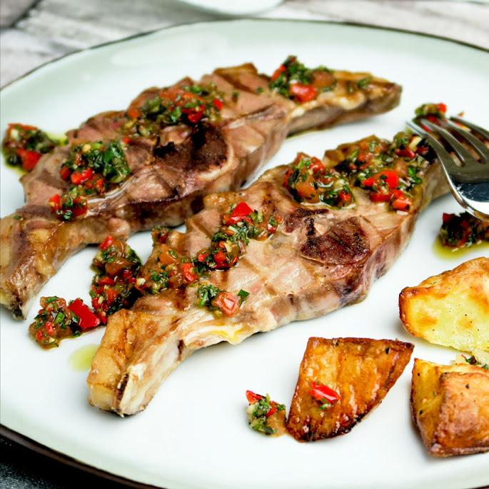 Recept Gegrilde lamskarbonaadjes met Argentijnse chimichurri