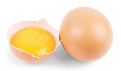 trứng gà trị mụn