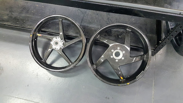 BST Carbon Fibre Wheels Ducati 916