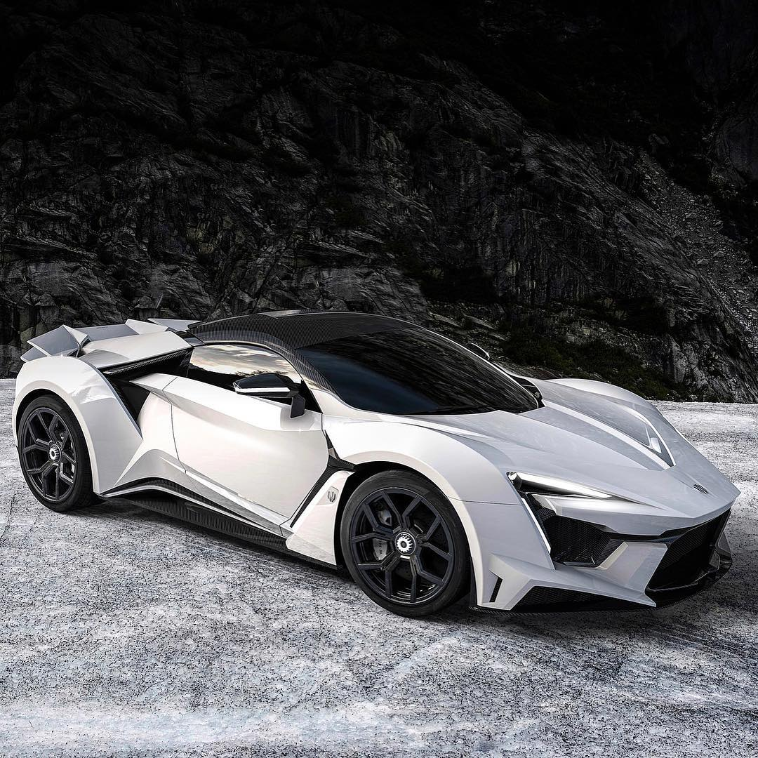 Fenyr SuperSport Concept