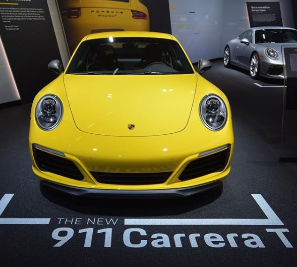 The price of the car Porsche 911