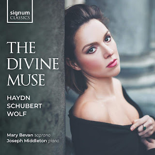 The Divine Muse - Schubert, Haydn, Wolf; Mary Bevan, Joseph Middleton; Signum Classics