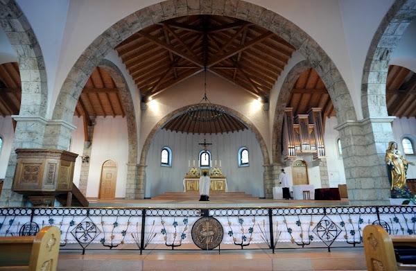 Isère : un maire divers gauche s'oppose à la construction d'une église Saint Pie X