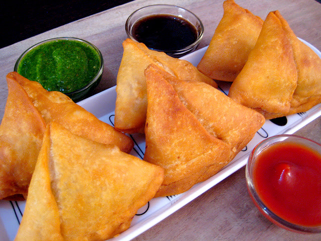 How to make Chinese Noddle Samosa Recipe at your home|Chow min Samosa Recipe for evening snacks