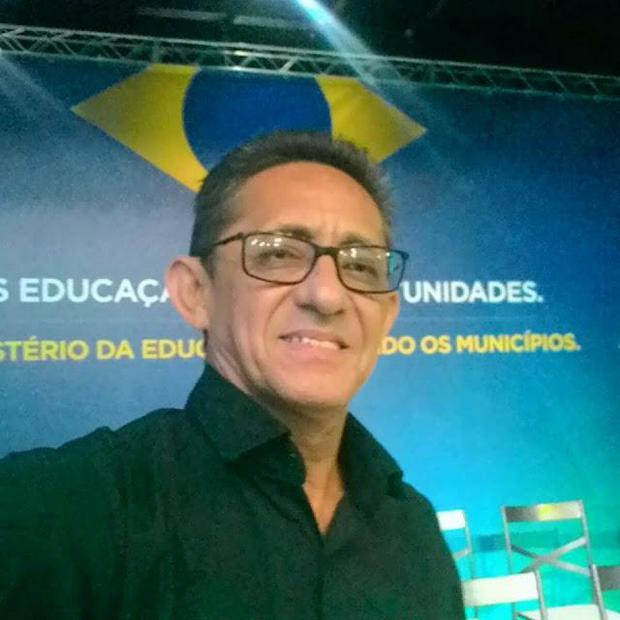 Blogueiro é agredido por filho do presidente da Câmara de Jataúba