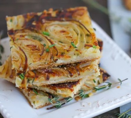 French Onion Tart #appetizers #partyrecipes