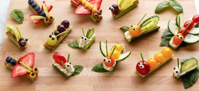 ¿Cómo hacer bocadillos de frutas y verduras con forma de insectos?
