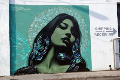 Arte Urbano mujer bonita