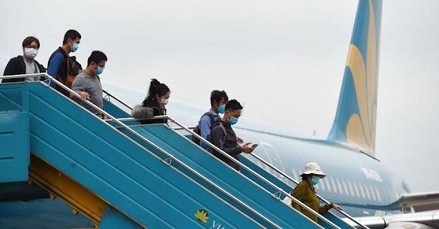 Việt Nam dừng nhập cảnh với tất cả người nước ngoài