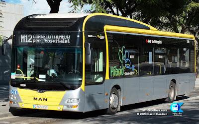 Autobús híbrid a la línia M12 de la xarxa AMB Metrobús.