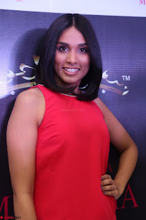 Spatika Surapaneni in Red Tight Dress at FBB Miss India 2017 finalists at Telangana auditions Feb 2017 (9).JPG