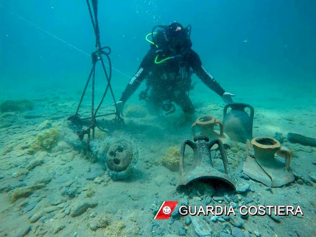Ancient amphorae found on seabed off Brindisi
