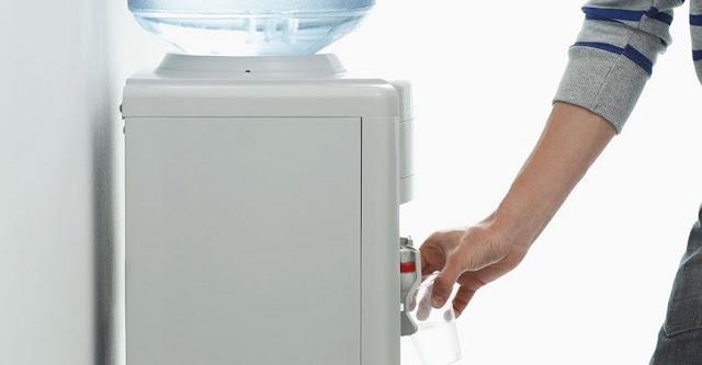 Air Galon di Dispenser