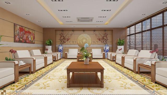 Thiết kế nội thất phòng khánh tiết sử dụng những chậu cây xanh, hoa tươi để bố trí tại các góc trống và bàn khánh tiết