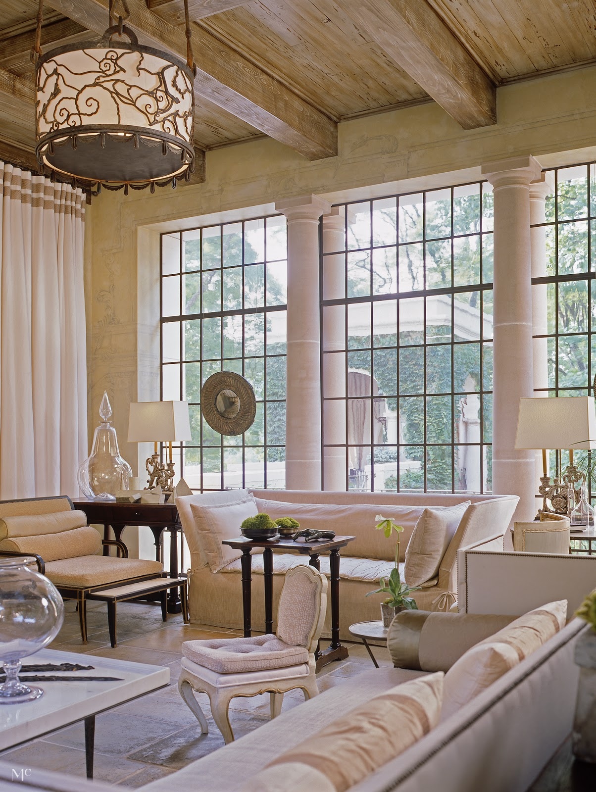 Décor Inspiration | Classic Romance: Old Meets New in this Nashville Home