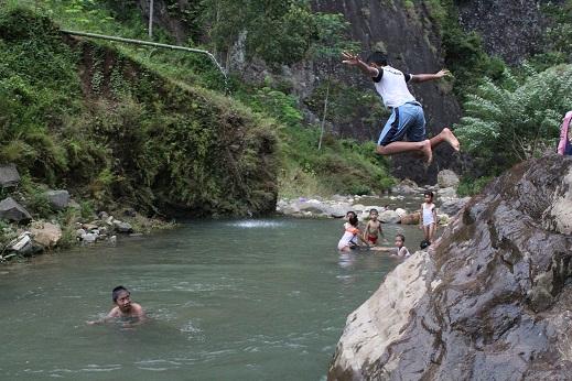 Sungai Tebing Lingga Trenggalek