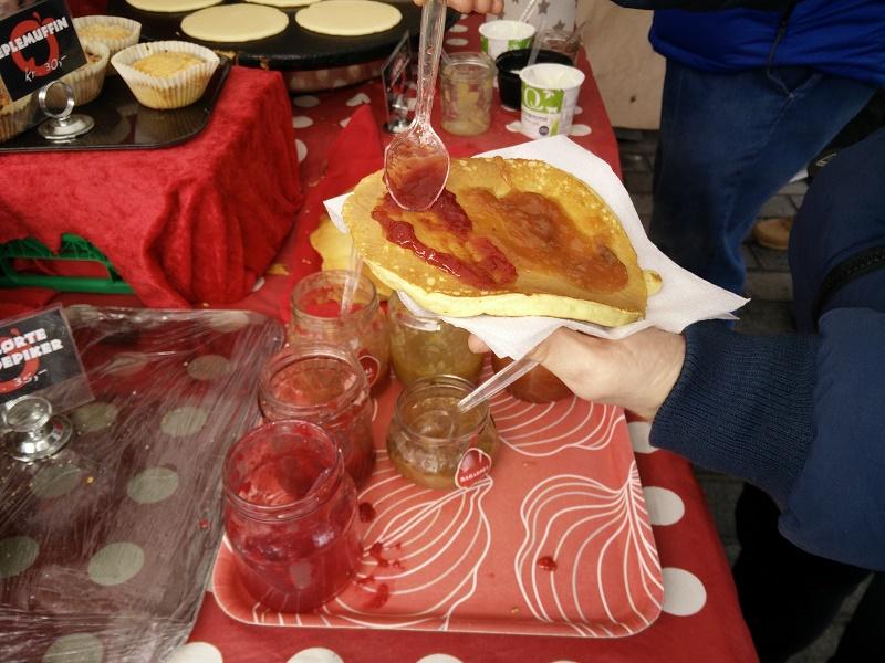 Giant hotcakes