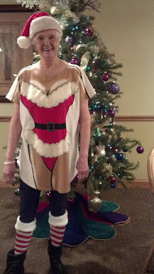 Extrem lustiges Weihnachtsbild - peinliche Oma Spassbilder