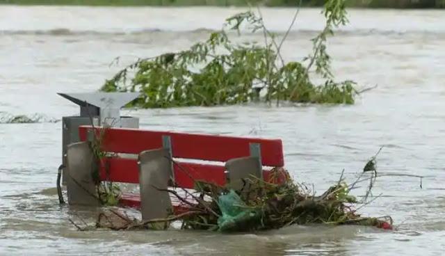 Bencana bertubi-tubi menghampiri tanah air. Dari gunung meletus, gempa bumi, juga banjir menyapa beberapa daerah di Indonesia.