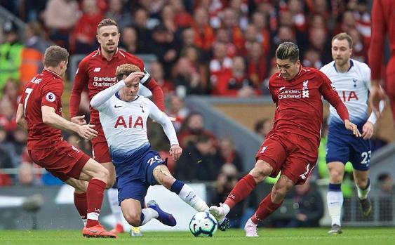 Cari Tontonan Live Streaming Tottenham vs Liverpool Gratis dan Cepat? Pakai Mola TV