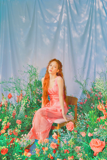snsd taeyeon happy teaser pictures