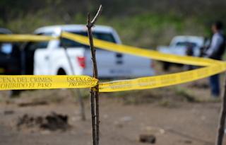 Hallan bolsas negras con restos humanos en Arbolillo municipio de Alvarado.