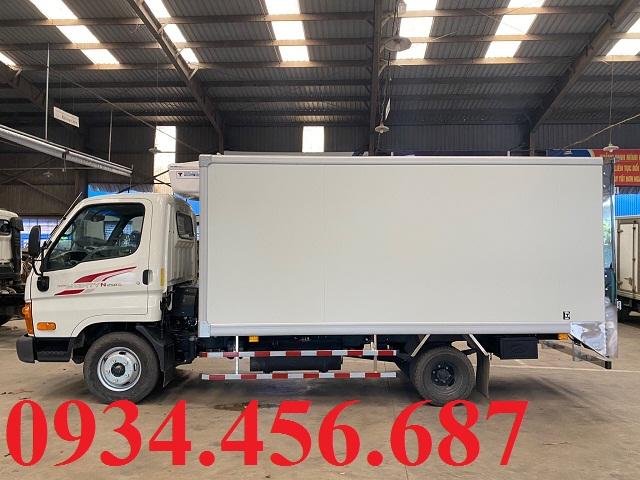 Xe đông lạnh 2.5 tấn Hyundai N250SL