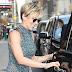 Scarlett Johansson no programa de televisão 'The Late Show With Stephen Colbert' em Nova York, EUA – 13/06/2017 x17