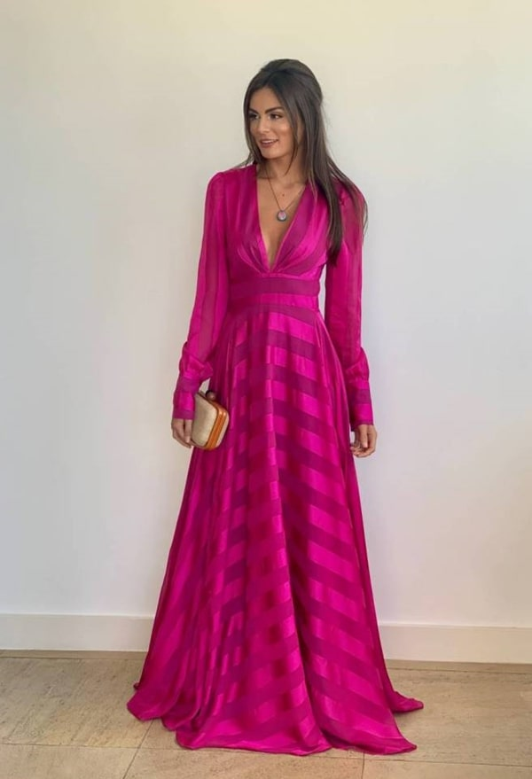 vestido longo fucsia de manga longa