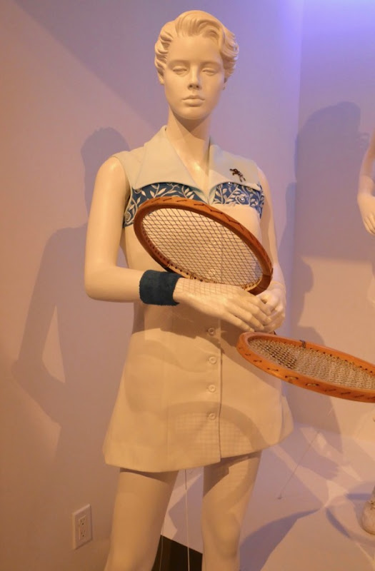 Emma Stone Battle Sexes Billie Jean King tennis costume