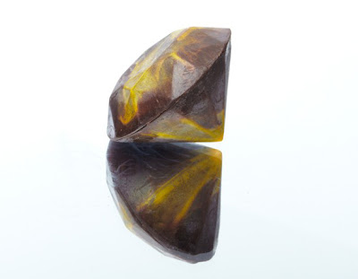 Canary Diamond - Almond Crunch chocolate