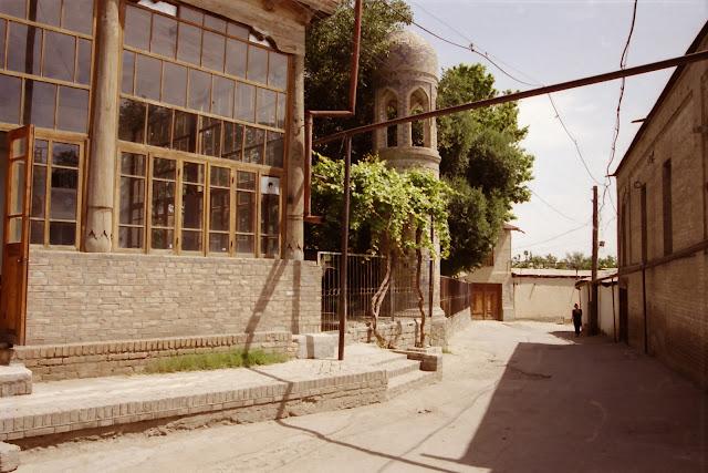 Ouzbékistan, Samarcande, © L. Gigout, 2001