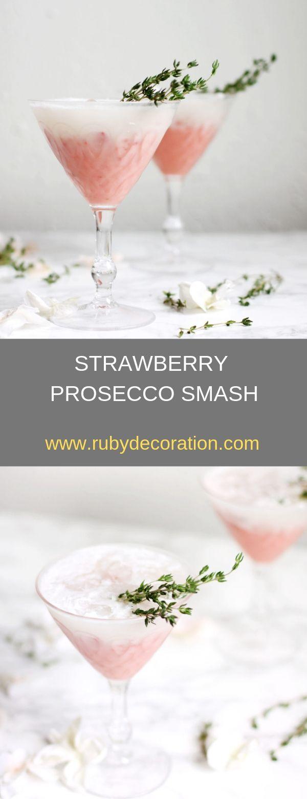 STRAWBERRY PROSECCO SMASH