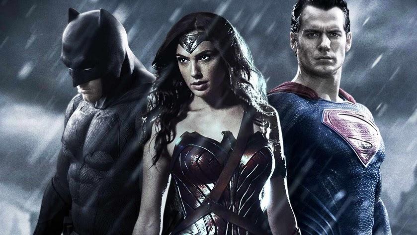 Quase um ano depois do seu lançamento, Batman vs Superman continua gerando discussão.Vencedor de 4 Framboesas de Ouro a polêmica só continua.