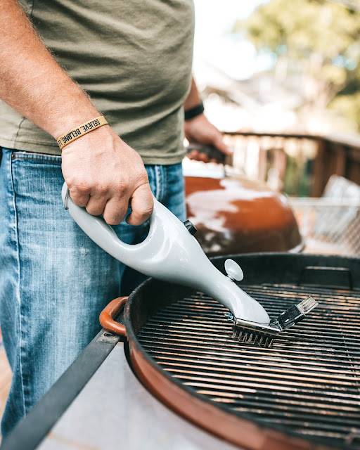 clean your grill grates - grill master