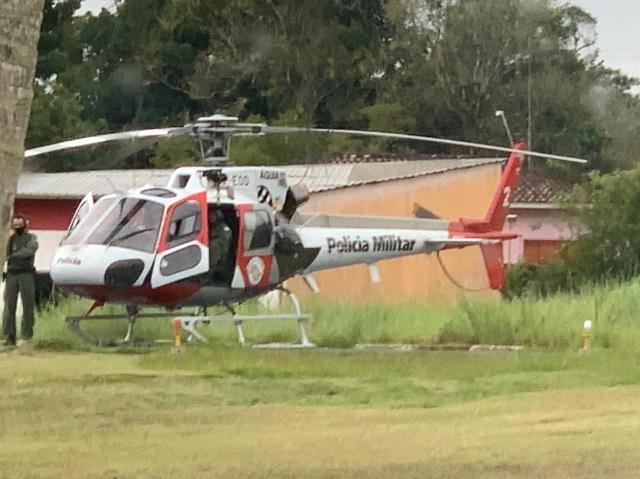 ÁGUIA 2 DA POLÍCIA MILITAR FEZ O SALVAMENTO DE UM CASAL PERDIDO NA MATA EM IPORANGA