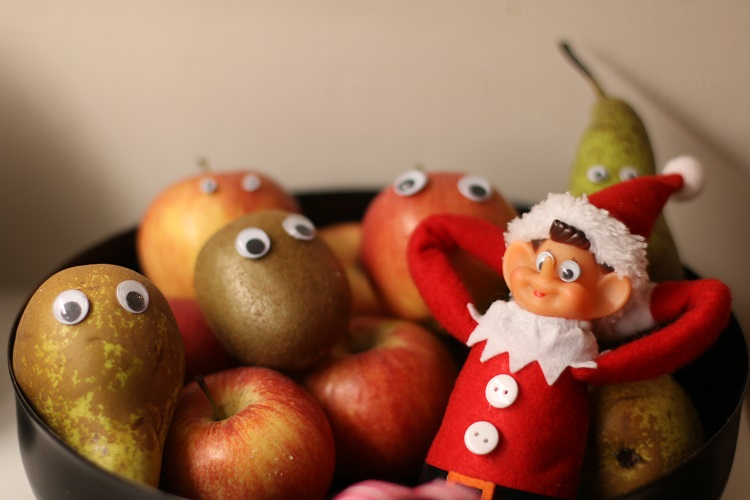 elf on the shelf, blogijoulukalenteri