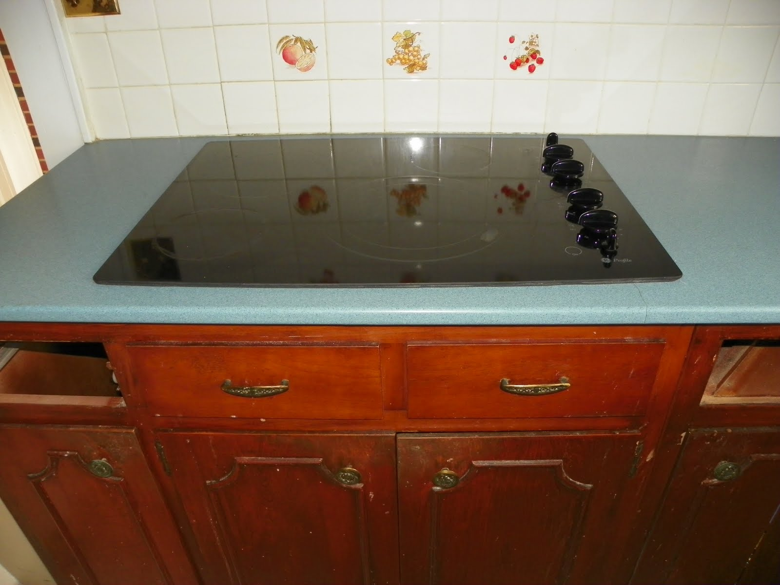 How To Repair Crack In Granite Countertop The Solid Surface And Stone Countertop Repair Blog
