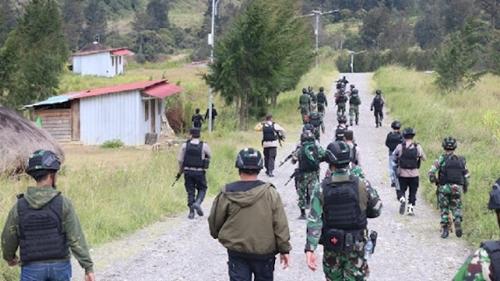 19 Orang Jadi Target Pembunuhan KKB, TNI-Polri Langsung Siaga Patroli Di Ilaga