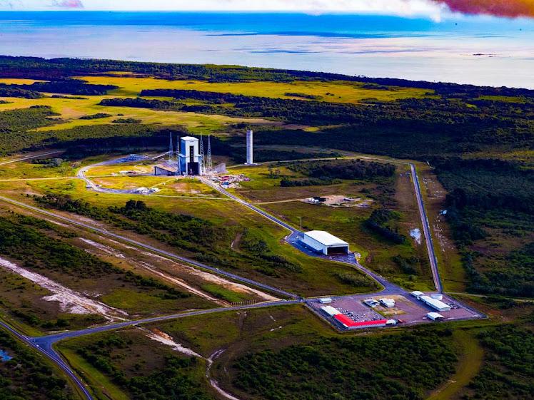 Ariane 6: complexo de lançamento é inaugurado em espaçoporto europeu