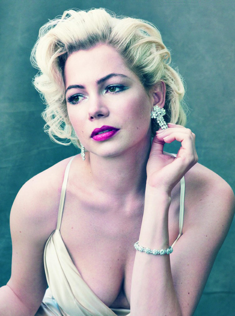 Michelle Williams' performance is outstanding as Marilyn Monroe