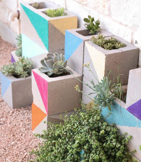 d%2Bf67ee36d841dbb479f69df0713cb7d8c 25 Stunning Planter Concrete Blocks Alternatives to Transform Your Backyard And That Are All Your Front Porch Needs Interior