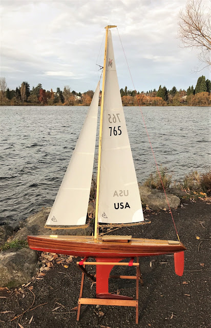 Vintage Marblehead Sun Wind HF Wood RC sailboat classic VM