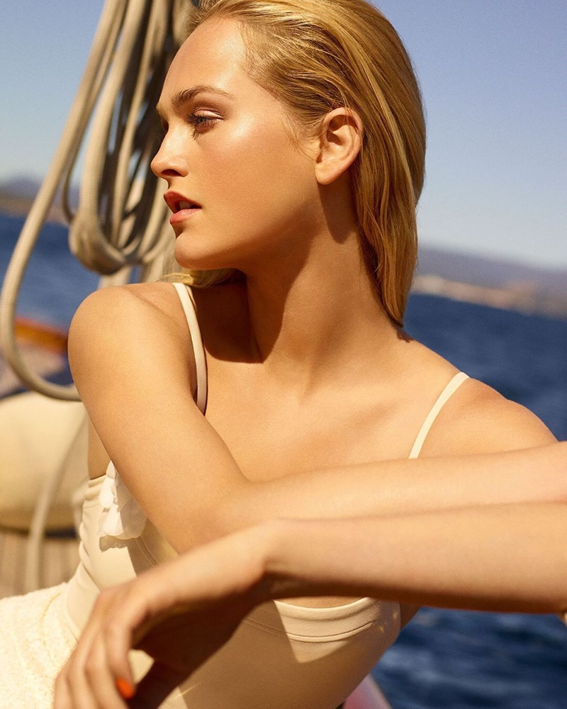 Chanel Les Beiges Summer Glow 2020 Campaign