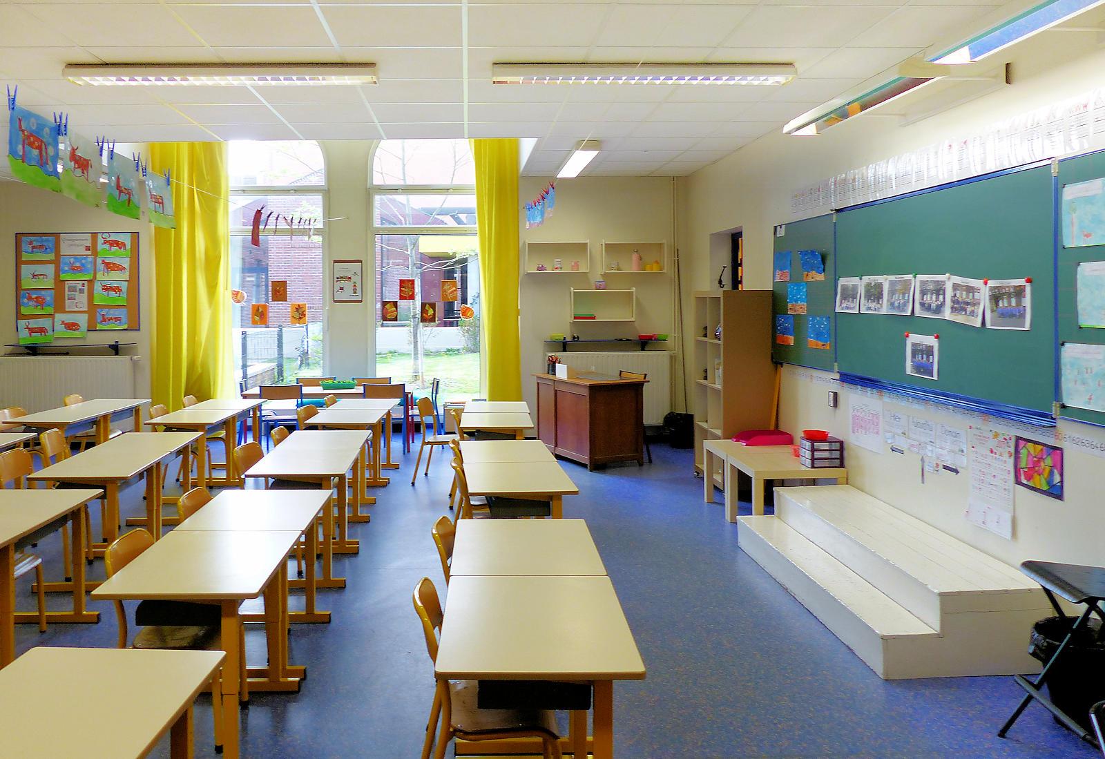 École Primaire CNDI, Tourcoing - Salle de classe, 2019.