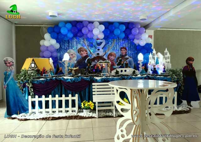 Decoração infantil tema da Frozen - Festa de aniversário na Barra - RJ